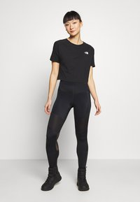 The North Face - WOMENS ACTIVE TRAIL - Print T-shirt - black - 1