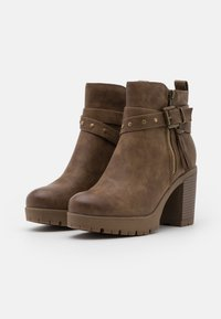 Refresh - High heeled ankle boots - taupe - 2