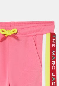 The Marc Jacobs - JOGGING  - Joggebukse - pink - 2