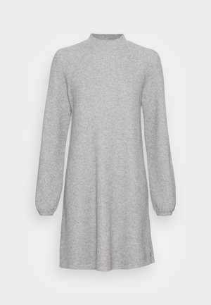 Svetríkové šaty - iron