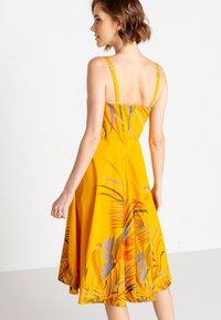 Ivko - STRAP  - Denní šaty - golden - 2
