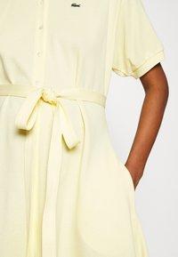 Lacoste - Robe chemise - zabaglione - 4
