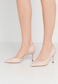 Call it Spring - VICTORIA - Zapatos altos - bone - 0