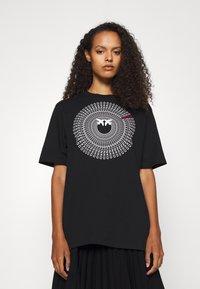 Pinko - ACQUALAGNA - T-shirt imprimé - black - 0