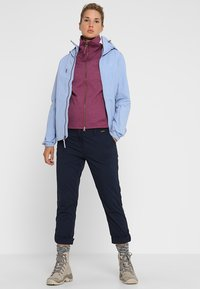 Jack Wolfskin - DESERT ROLL UP PANTS - Outdoorbroeken - midnight blue - 1