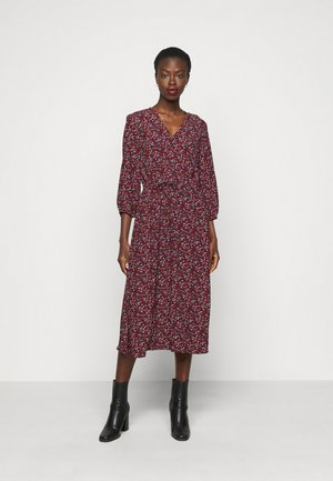 YASVICKY VNECK MIDI DRESS - Skjortekjole - sky captain