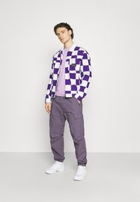 Carhartt WIP - JOGGER COLUMBIA - Cargo trousers - provence rinsed - 1