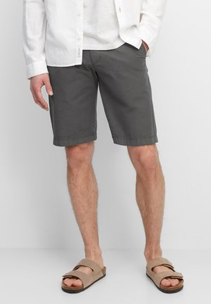 RESO - Shorts - gray pinstripe
