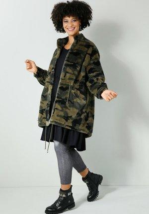 WEBPELZJACKE - Winter coat - oliv khaki
