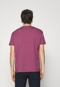 Vivienne Westwood - KID CLASSIC UNISEX - Print T-shirt - pink - 2