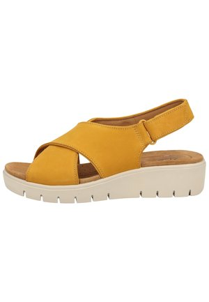 CLARKS SANDALEN - Wedge sandals - yellow
