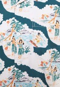 Far Afield - STACHIO WAIKIKI - Vapaa-ajan kauluspaita - blue/multi - 5