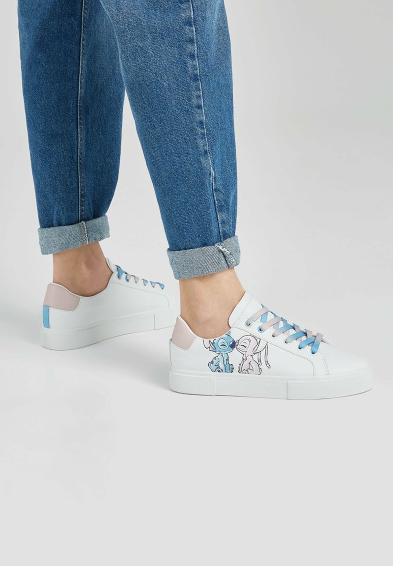 PULL&BEAR - STITCH - Sneakers basse - white