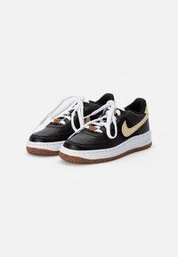 Nike Sportswear - AIR FORCE 1 - Zapatillas - black/solar flare-white-black - 1