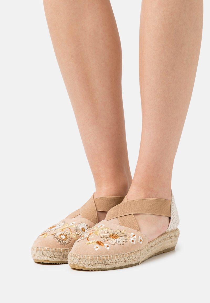 Kanna - ADA - Korkeakorkoiset sandaalit - beige