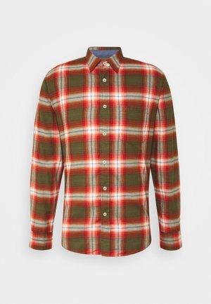 KENT COLLAR LONG SLEEVE CHEST POCKE - Shirt - multi/brick