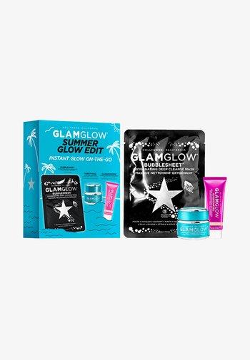 GLOW EDIT KIT - Skincare set - -