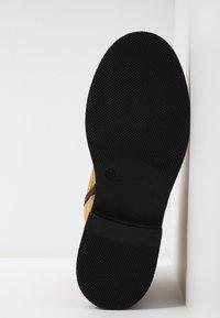MJUS - Kotníkové boty na platformě - bisanzio - 6
