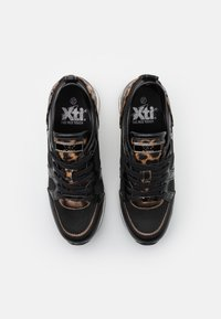 XTI - Trainers - black - 5