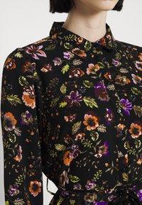 Pieces - PCFALISHI MIDI SHIRT DRESS - Skjortklänning - black - 6