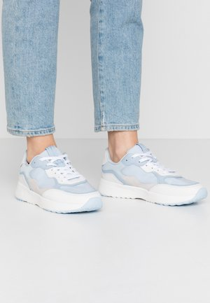 LOLETA  - Trainers - light blue