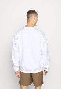 Topman - STOCKHOLM HERITAGE PRINT - Sweater - white - 2