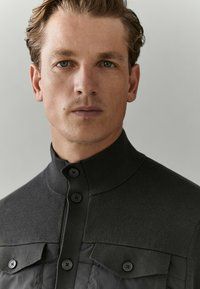 Massimo Dutti - Light jacket - green - 3