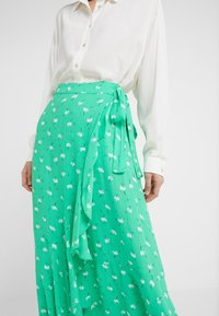 2nd Day - LIMELIGHT ANEMONE - Maxi skirt - irish green - 4