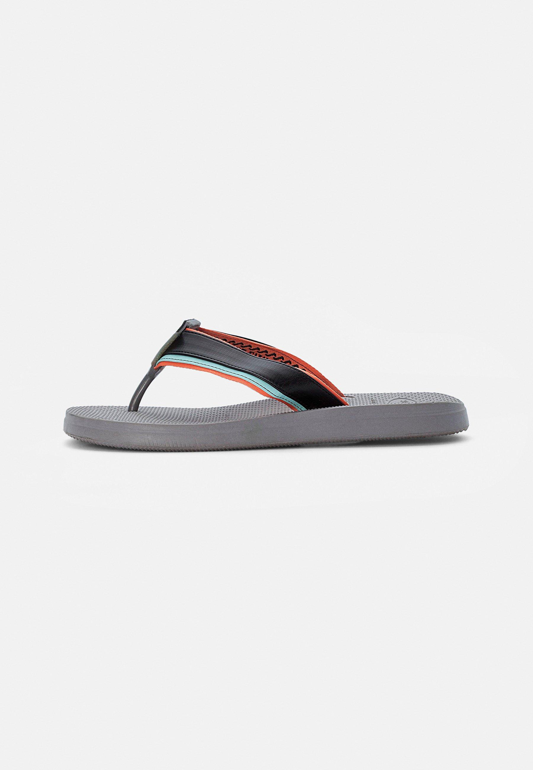 Men URBAN TECH - Pool shoes