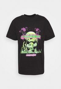 Night Addict - REVOLUTION UNISEX - T-shirt con stampa - black - 4