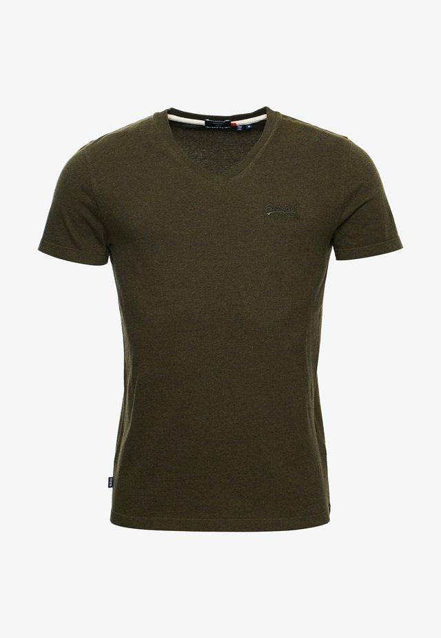 CLASSIC V-NECK - T-shirts print - winter khaki grit
