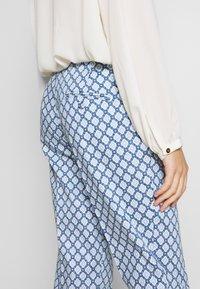 WEEKEND MaxMara - CABRAS - Kalhoty - azurblau - 5