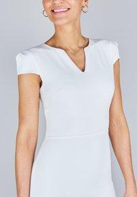 True Violet - Korte jurk - white - 3