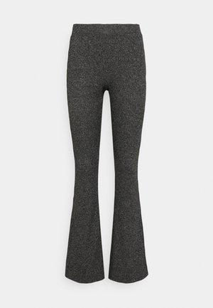 VMKAMMA FLARED ABBY PANT - Kalhoty - dark grey melange