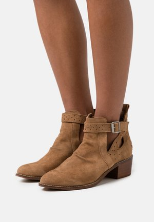 DANEL - Ankle boots - brown