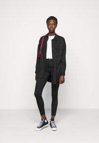 NA-KD Tall - HIGH WAIST RAW  - Jeans Skinny Fit - black - 1