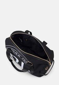 River Island - Sports bag - black - 2
