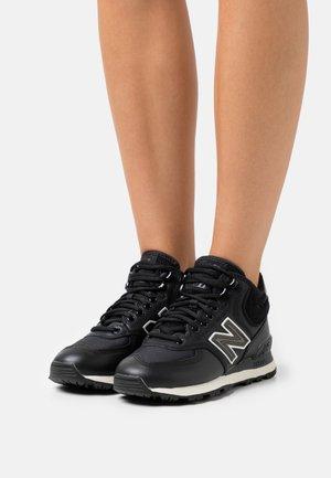 WH574 - Zapatillas - black