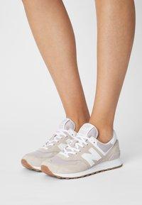 New Balance - WL574 - Sneakers laag - purple - 0