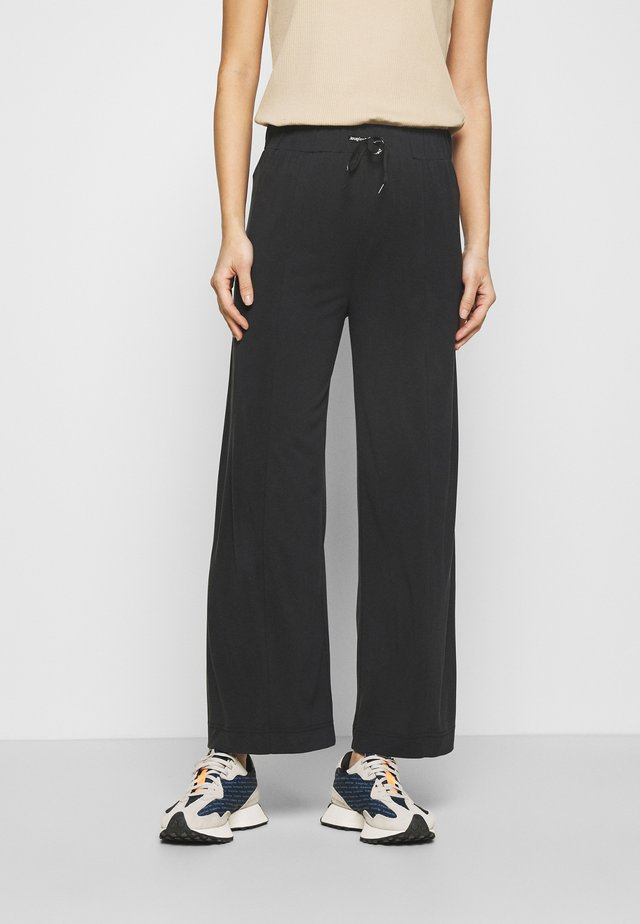 FLUID PANT - Trousers - black