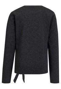 WE Fashion - MET PAILLETTEN EN KNOOPDETAIL - Long sleeved top - dark grey - 1