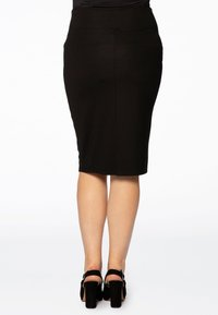 Yoek - Pencil skirt - black