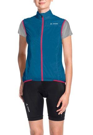 AIR - Waistcoat - kingfisher/pink