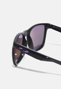 Oakley - TRILLBE X UNISEX - Sunglasses - black - 3