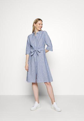 WUTA - Robe chemise - forever blue