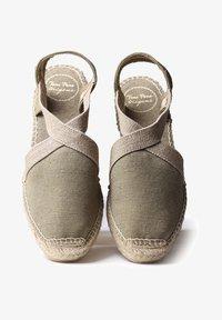 Toni Pons - VERDI - Wedge sandals - khaki - 1