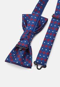 Only & Sons - ONSTOBIAS BOW TIE BOX HANKERCHIE SET - Pocket square - copen blue - 3