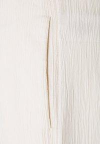 Victoria Victoria Beckham - 3D TROUSER - Trousers - ecru - 2