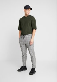 Only & Sons - ONSDONNIE TEE - T-shirt - bas - rosin - 1