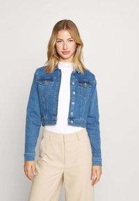 NA-KD - PAMELA REIF X NA-KD JACKET - Denim jacket - light blue - 0